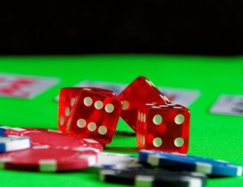 Online Casino What Can Your Be Instructed Out Of Your Movie Critics?